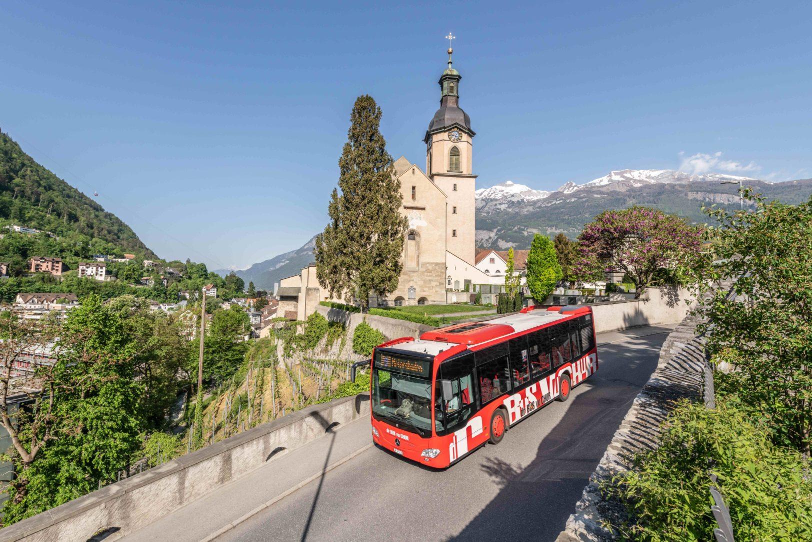 Chur Bus bei der Kathedrale